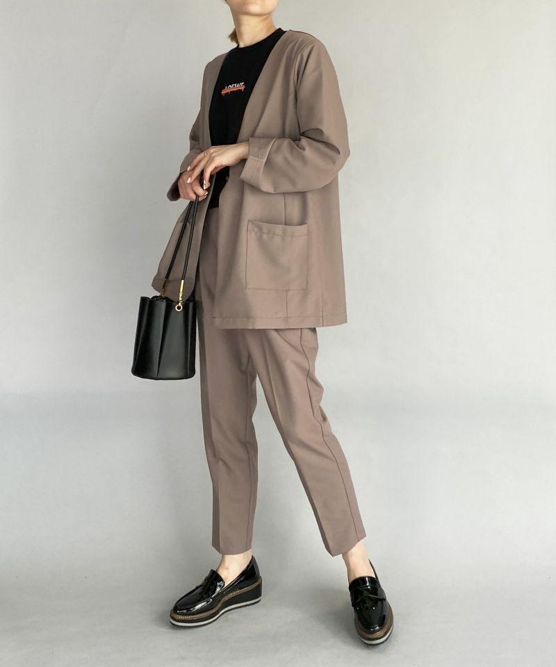 model:H164 着用サイズ:M アッシュブラウン 同素材のジャケットとセットアップで