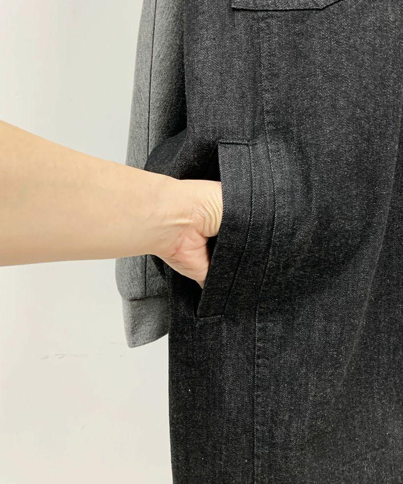 右ポケット